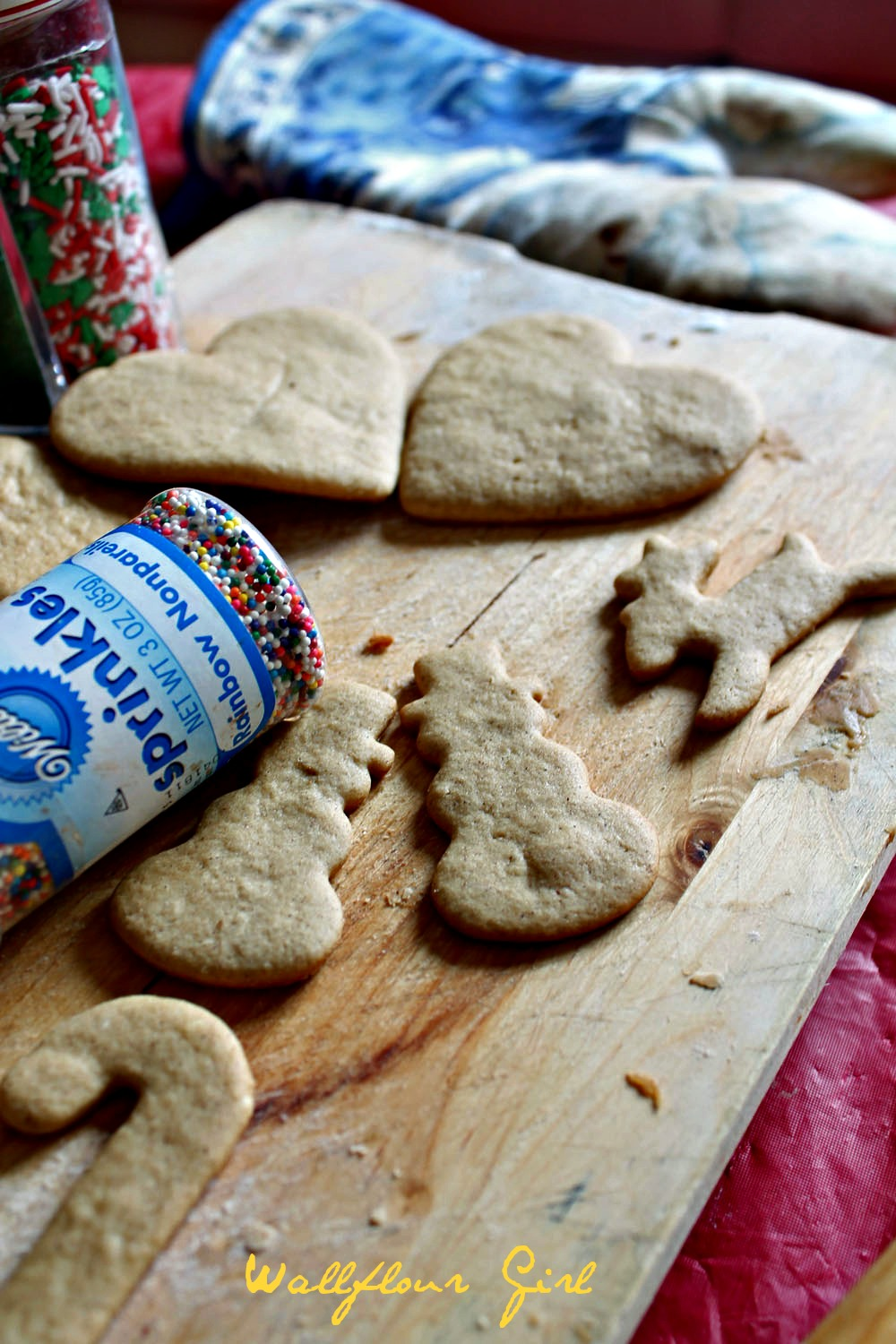No-Molasses Gingerbread Cutout Cookies 20--122413