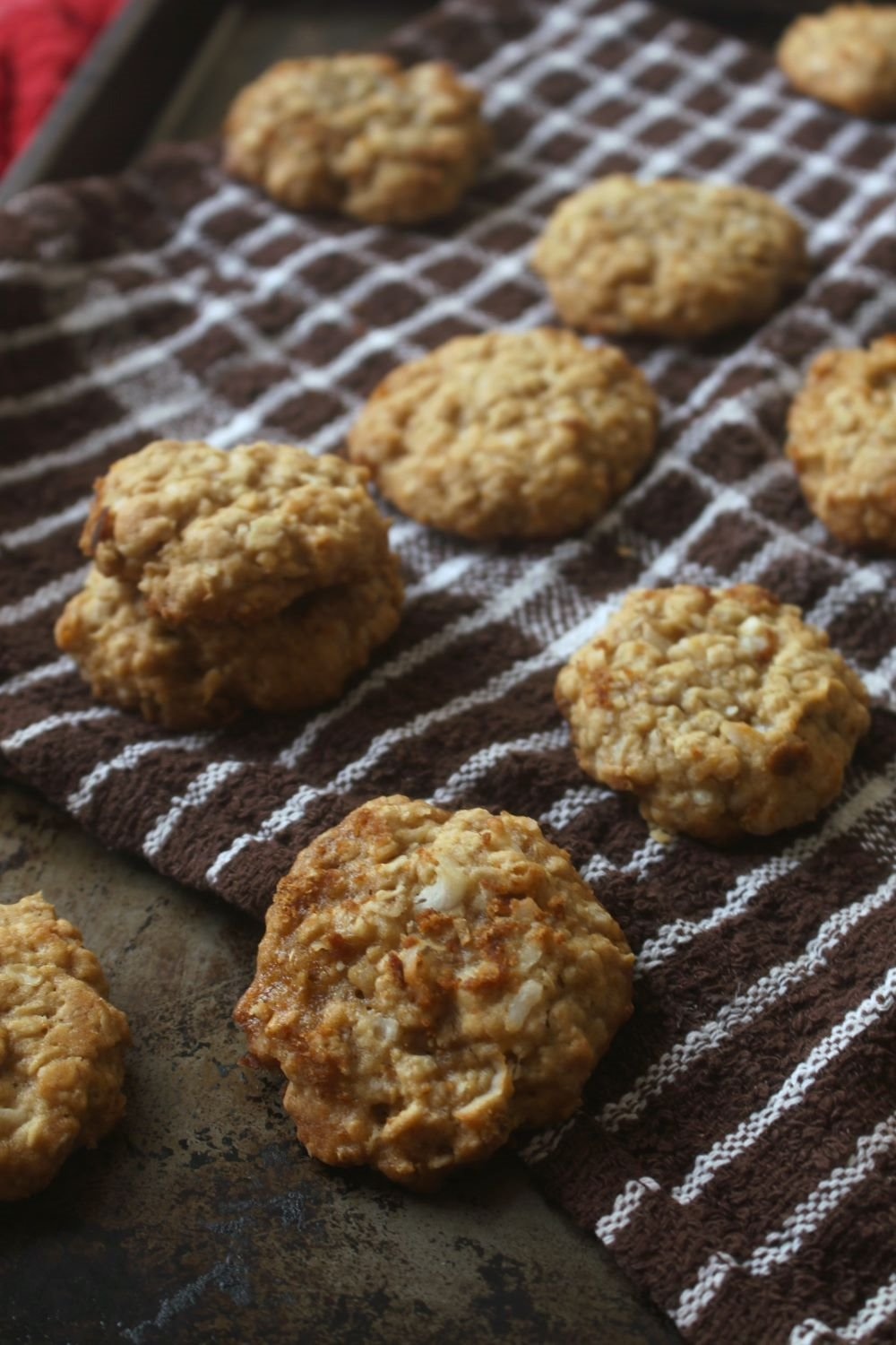 Anzac-Biscuits-1-120217